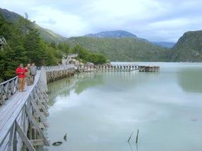 Cile - Caleta Tortel; le passerelle
